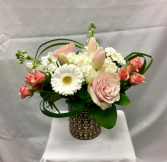 Blush N Bashful Fresh Floral Design