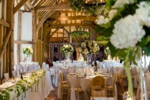 The Deluxe Floral Wedding Package  Wedding Packages in Oakville, ON | ANN'S FLOWER BOUTIQUE-Wedding & Event Florist