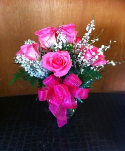 Blushing Beauty Half Dozen Roses