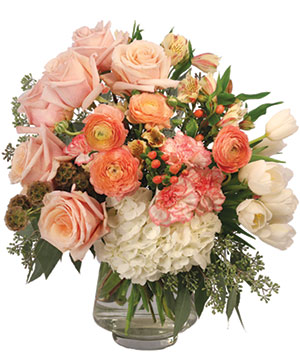 Blushing Elegance Bouquet Arrangement in Yankton, SD | Pied Piper Flowers & Gifts