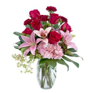 Blushing Rose Arrangement in Roswell, NM | BARRINGER'S BLOSSOM SHOP