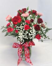 BLUSHING VALENTINE FRESH FLOWERS VASED