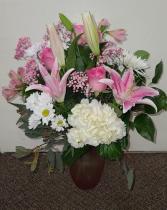 Blushingly Pinks and White FHF-V22 Fresh Flower Vase