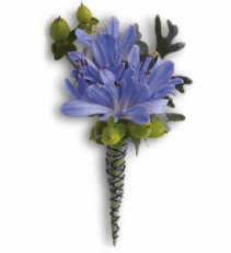 BOLD AND BLUE BOUTONNIERE PROM