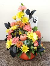 Boo-Tastic Pumpkin Keepsake Arrangement Local only