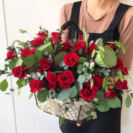 Bountiful Basket of Roses