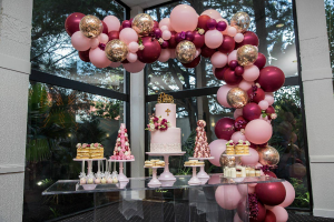 Boutique Balloons  In Collaboration with Parties 'N' More  in Oakville, ON   ANN'S FLOWER BOUTIQUE-Wedding & Event Florist