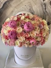 Boutique De Fleurs Signature Box