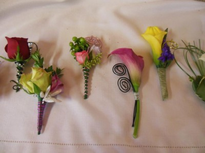 BOUTONNIERES PROM FLOWERS