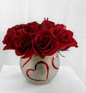 Bowl of Hearts Rose arrangement