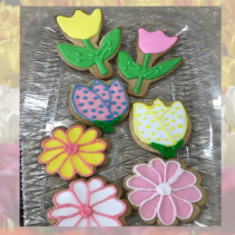 Box of 6 Decorated Sugar Cookies food