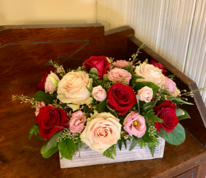 Box of Roses  in Pawling, NY | PARRINO'S FLORIST