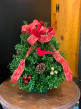 Boxwood Tabletop Tree Christmas