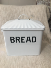 BREAD BOX GIFT ITEM