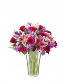 Breathtaking Floral Vase Straight from the Heart