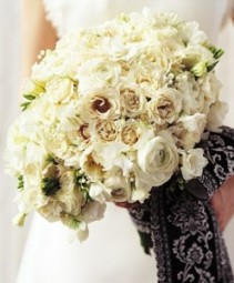 Bridal Bouquet B013