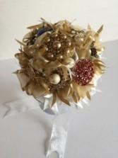 Bridal Bouquet - Queen Golden Royale Design