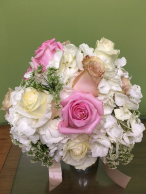 HYDRANGEA/ROSE DELIGHT BRIDE BOUQUET in Porter, OK | Happy Bee Flowers & Gifts