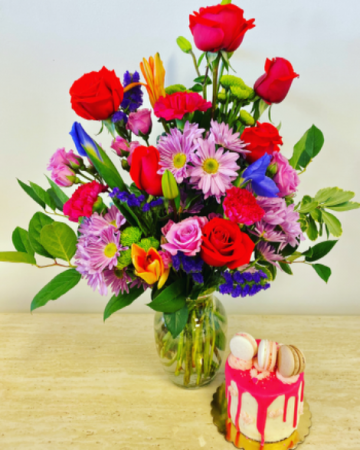 Bright and Vibrant Bouquet Gift Bundle  Valentines