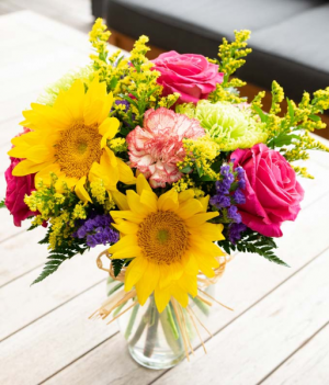 Bright Bouquet Vase Arrangement in Springfield, MO | FLOWERAMA #226