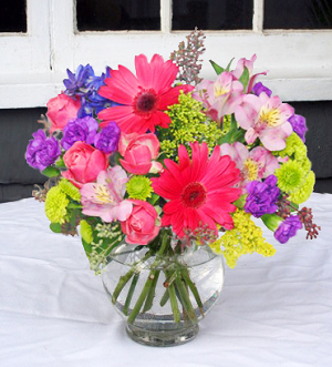 Bright Bowl of Beauty Vase Arrangement in North Adams, MA | MOUNT WILLIAMS GREENHOUSES INC