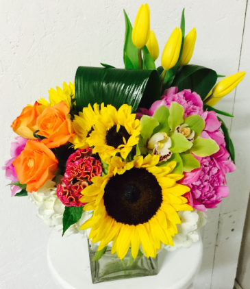 Bright Delight Vased Arrangement