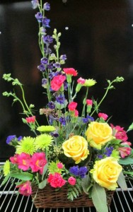 Bright English Garden Inspirations Original Design in Lock Haven, PA | INSPIRATIONS FLORAL STUDIO
