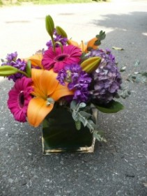 Fushia Gerbera Cube Paired with Lilies,Hydrangea and stock