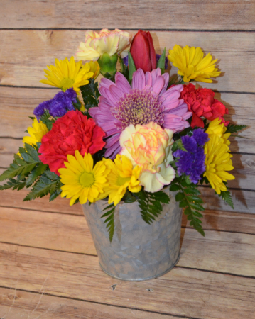 Bright Galvanized Pot Arrangement