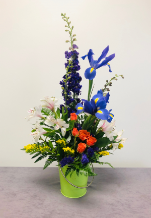 Special #3 Mother's Day Bouquet in Emporia, KS | RIVERSIDE GARDEN FLORIST