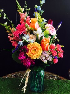 Bright  mix mason jar  in Fresno, CA | FLOWERS AND MORE