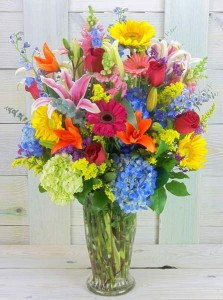 Bright N Beautiful   in Bedford, NH | Dixieland Florist & Gift Shop Inc.