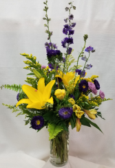 Bright 'n Bold Mixed vase arrangement