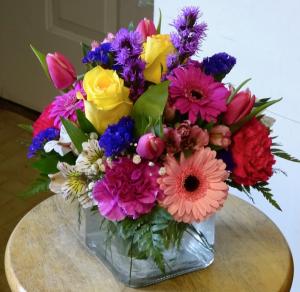 Bright N' Happy Cube Vase Arrangement in Montgomery, NY | MONTGOMERY FLORIST