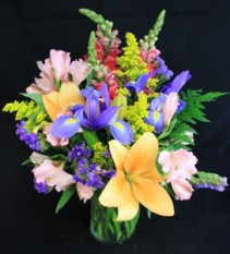 Bright Summer Mix Fresh Arrangement