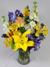 Bright Spring Mix Fresh Arrangement