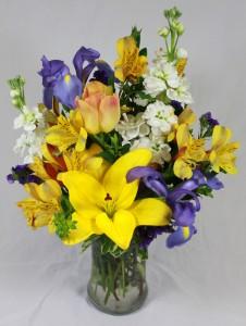 Bright spring mix fresh arrangement in saint simons island ga a bright spring mix fresh arrangement mightylinksfo