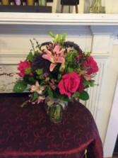 Bright vase arrangement