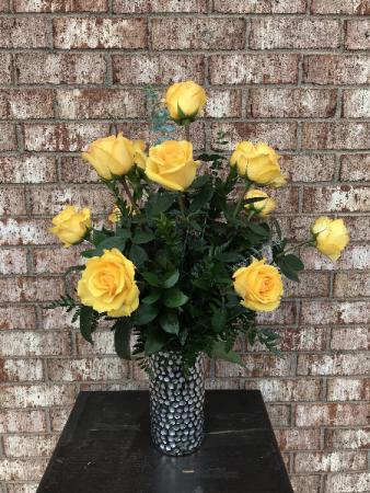 Vibrant Yellow Classic Dozen Roses