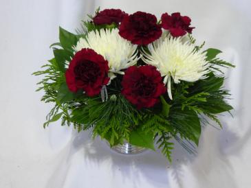 Brightful Christmas Wonders Centerpiece Christmas Flowers Centerpieces.  Flowers Prince George BC