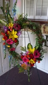 Brilliance Wreath  $150.95, $175.95