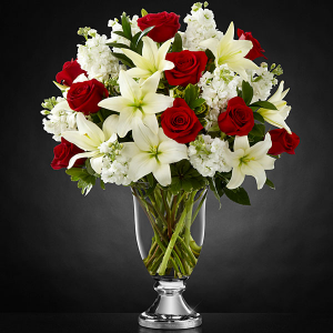 Bringing in the holidays   in Oakville, ON | ANN'S FLOWER BOUTIQUE-Wedding & Event Florist