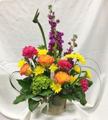Brite Basketo Fresh Floral Design