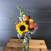 Bud Vase Arrangement