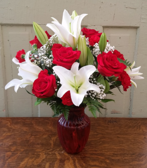 Budding Love Vase Arrangement in Rockford, IL | Pepper Creek