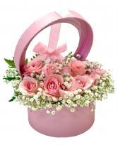 Budding Pink Boxed Roses