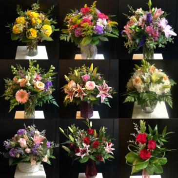 "Floral Subscription ""Bundle of Blooms!"" Seasonal Designer's Choice Monthly Bouquet"