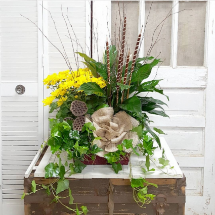 Burlap and Blooms European Garden Basket