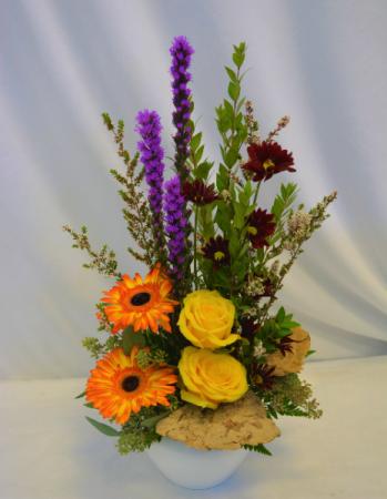 BURST OF STYLE Flower Arrangement