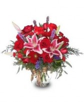 HOLIDAY SPLENDOR Vase of Flowers